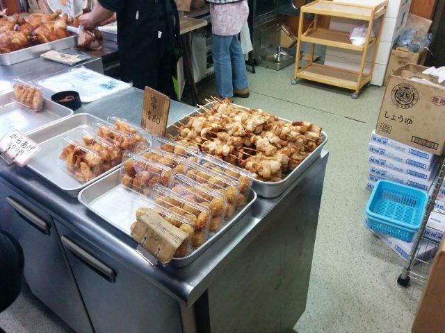 中島ブロイラー 店内 串焼き (焼き鳥)
