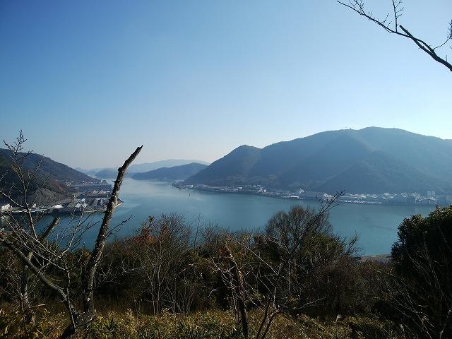 茶臼山公園から見た片上湾