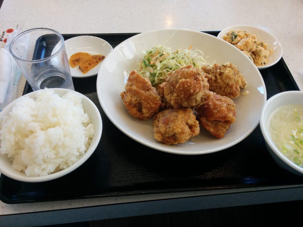 中華料理 縁中縁 唐揚げ定食