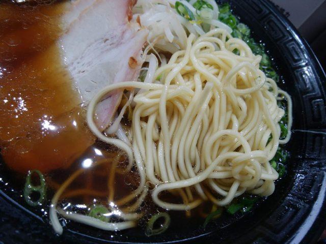 花ざかり 大野辻店 昔ながらなの中華そば (並) 麺のアップ